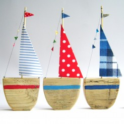 Sailboats set of 3